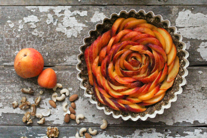 raw-peach-tart-main-660x440