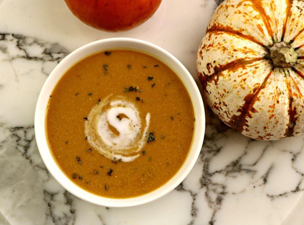 pumpkin-chickpea-soup