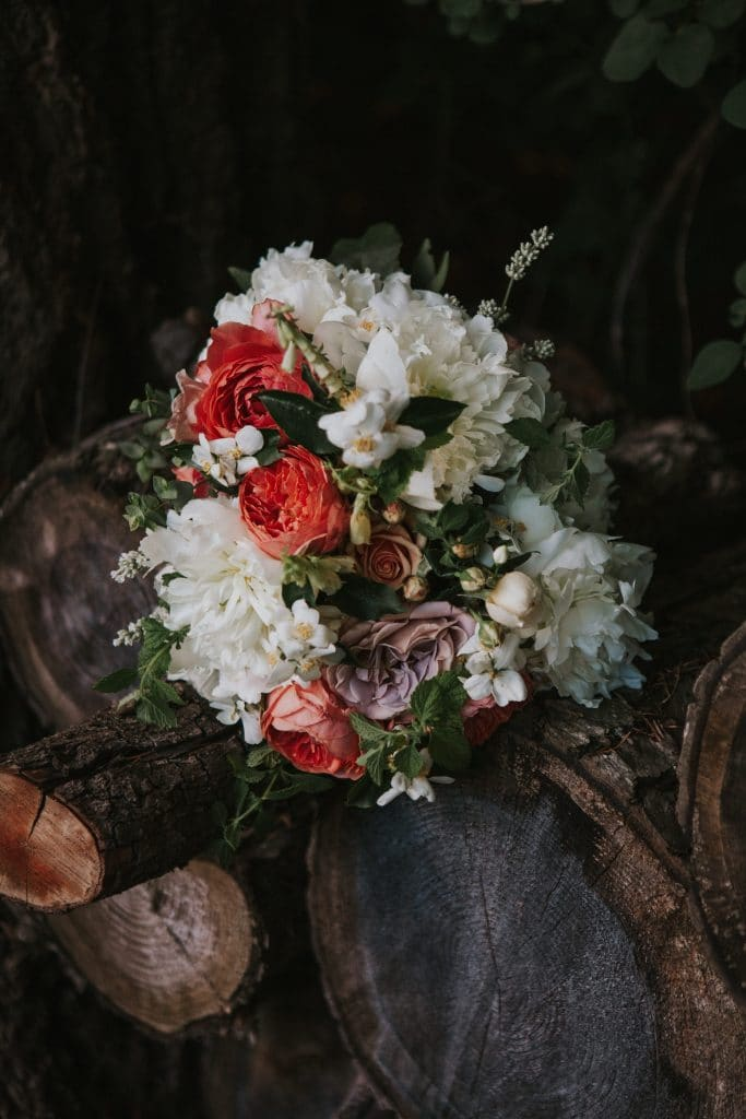 Bridal bouquet from Molly Ryan Floral in Hood River, Oregon